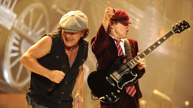 AC/DC rentre en studio !