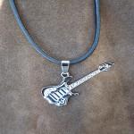 pendentif guitare ref 15001