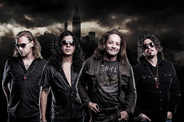 Interview: Red Dragon Cartel (Jake E. Lee)