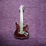 pin's guitare ref 13006