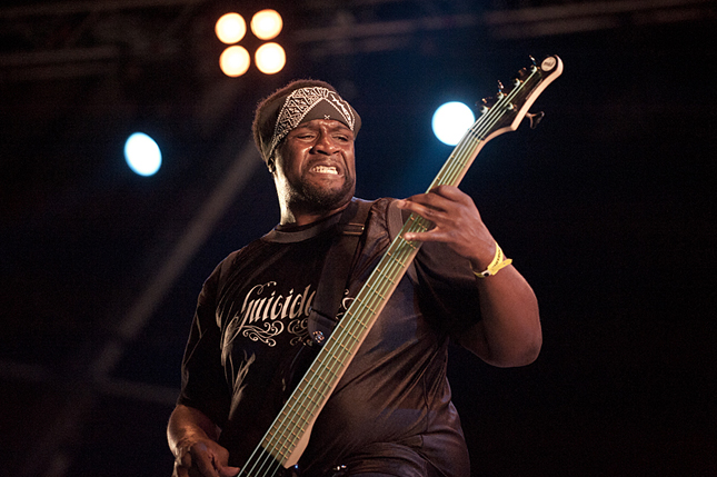 SUICIDAL TENDENCIES: TIM 'RAWBIZ' WILLIAMS est mort