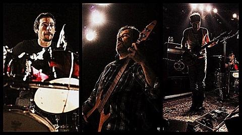 DOMADORA: Ecoutez leur nouvel album