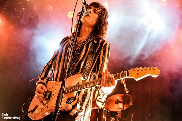 TYLER BRYANT & THE SHAKEDOWN Live Report