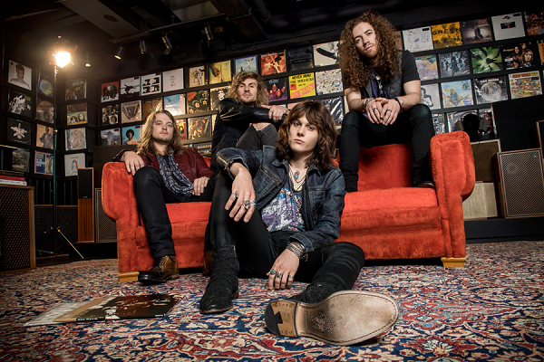TYLER BRYANT & THE SHAKEDOWN: Nouveau single