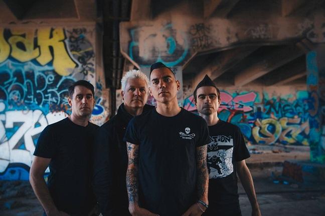 Anti-Flag propose la vidéo du titre «Liar»