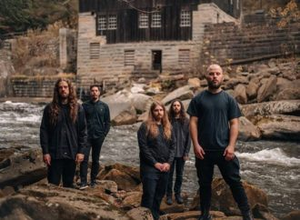 RIVERS OF NIHIL : vidéo documentaire de « A Home »