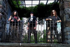 Whiplash signe avec Metal Blade Records