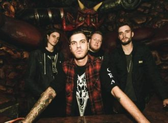 ICE NINE KILLS : Nouvelle vidéo « Stabbing In The Dark »