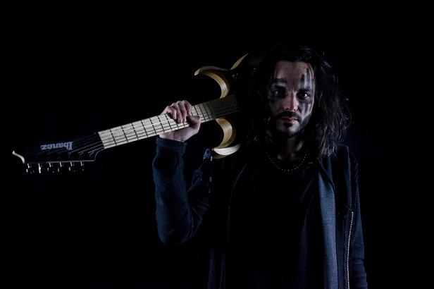 EXCEPT ONE présente son nouveau guitariste