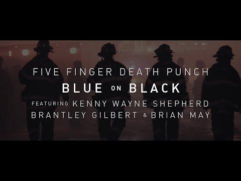 "4 grands artistes reprennent ""Blue on Black"""