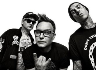 BLINK-182 : 1er SINGLE « BLAME IT ON MY YOUTH »