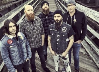 Killswitch Engage : Lyric vidéo de « I Am Broken Too »
