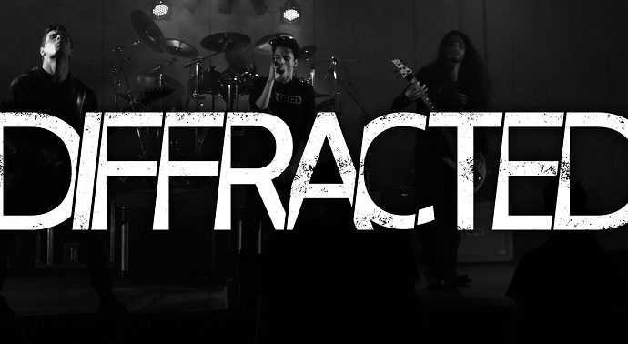DIFFRACTED : Premier clip « EARTHQUAKE »