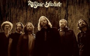 THE MAGPIE SALUTE:  Lyric Vidéo «Gimme Something»