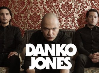DANKO JONES: Nouvelle vidéo de « Fists Up High »