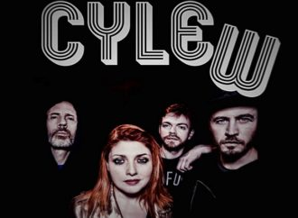 CYLEW : Lyric vidéo de IMMACULATE