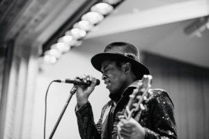 KING SOLOMON HICKS: Nouveau titre en écoute