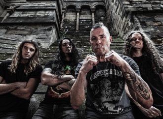 ANNIHILATOR: Vidéo « Armed To The Teeth »