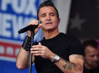 "SCOTT STAPP : Lyric vidéo ""World I Used To Know"""