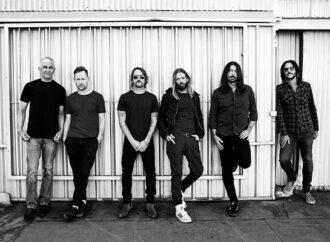 Foo Fighters : Vidéo de Waiting On A War
