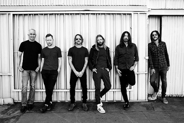 Foo Fighters : Vidéo de Waiting On A War