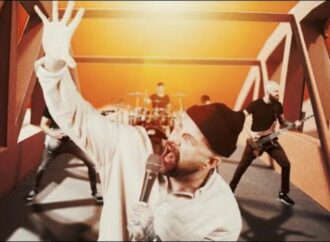 "AUGUST BURNS RED : Vidéo ""Standing in the Storm"""