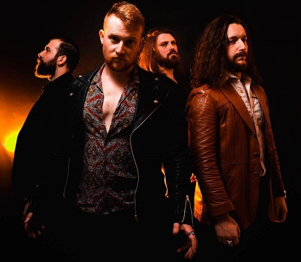 THE UGLY KINGS signe avec Napalm Records