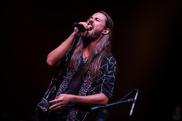 Levara: Interview avec le chanteur Jules Galli