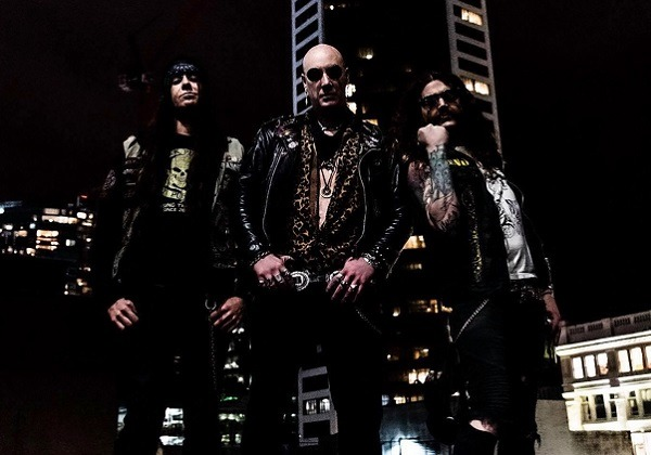 Rebel Priest : Vidéo de Back Alley Blues
