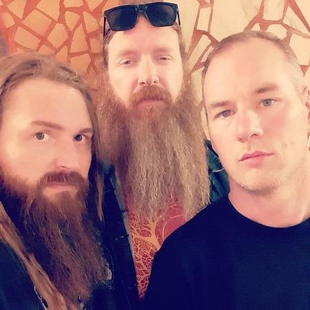 Dying Hydra trio